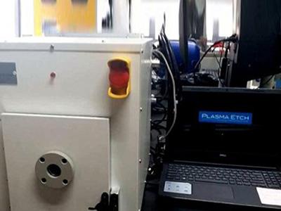 怎么拆解并组装等离子清洗机的真空泵?